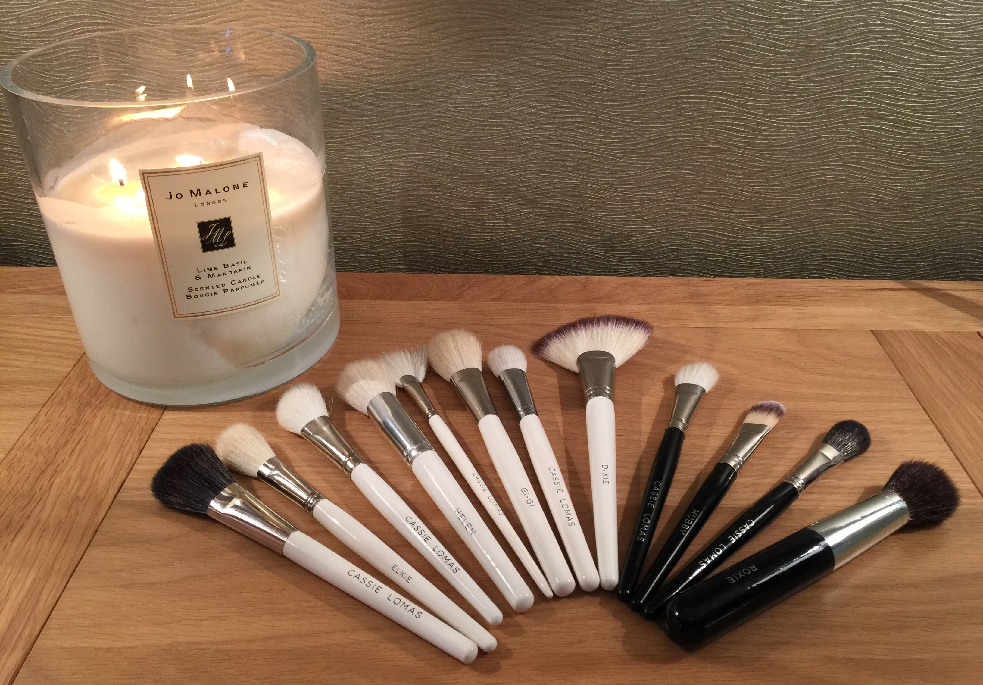rainbow-of-brushes-and-jo-malone