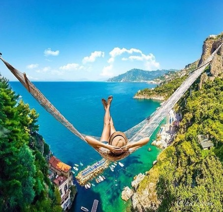 sunbathing-on-edge-of-infinity-or-interesting-location-2
