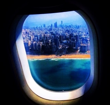 the-aeroplane-window-2